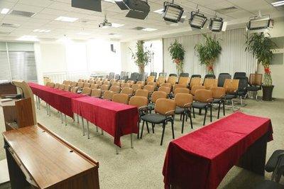 龙牌汽车会议室