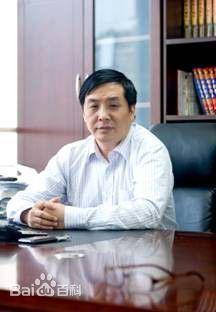 龙牌汽车董事会主席李鸿恩